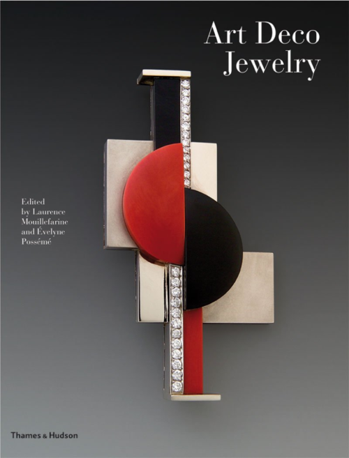 Art Deco Jewelry Masterworks And Their Makers: This comprehensive survey features Art Deco jewelry made by the world's leading designers and makers between 1910 and 1937. Not only does it include famous names from the Art Deco period; it also restores other notable jewelers to their proper place in one of the most creative eras for beautiful, stylish work.Drawing on public and private collections worldwide, the book includes some of the best-known pieces of Art Deco jewelry, together with many original drawings and designs. A number of the world's foremost authorities explore the world of Art Deco jewelry with essays on the context of the modern movement; on clients and collectors; on the relationship between jewelry and the fine arts, architecture, and the movies; and on the world of graphic art,commercial design, and advertising.Eighteen makers are featured individually,