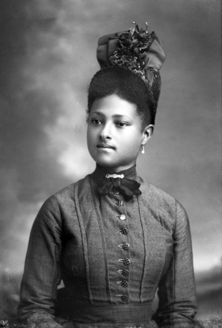 e6a7bbed816 Photo of stylish young black woman with hat by Alvan S. Harper circa 1890s