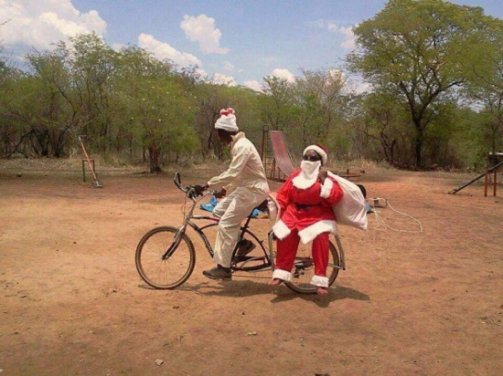 Father-christmas-in-africa-590x442