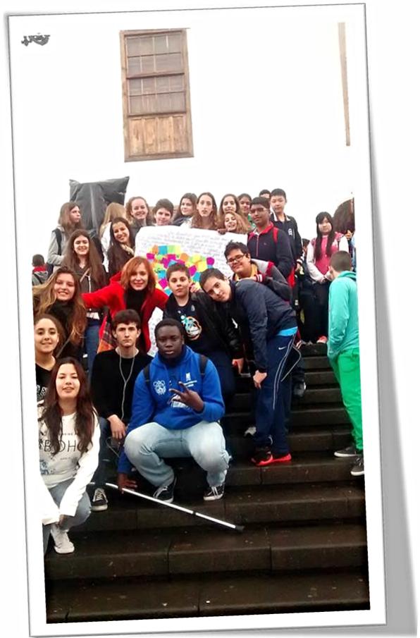 Encuentro el  Día de la Paz en la 'Orotava'.  Ángeles con sus estudiantes del Comité