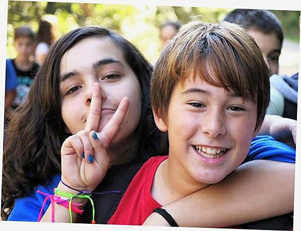 Los estudiantes de 1º de ESO hemos hecho la salida de tutoría a los Arcos, de Santa Pau