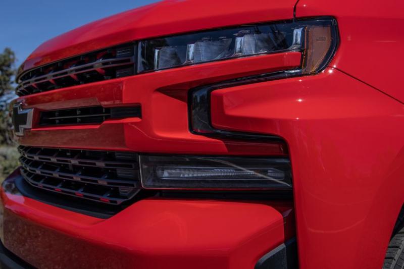 2020 Chevrolet Silverado 1500 Diesel Grille Closeup
