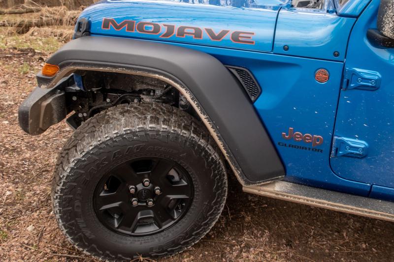 2020 Jeep Gladiator Mojave Tire