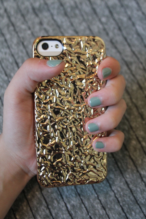 nordstrom-marc-jacobs-phone-case