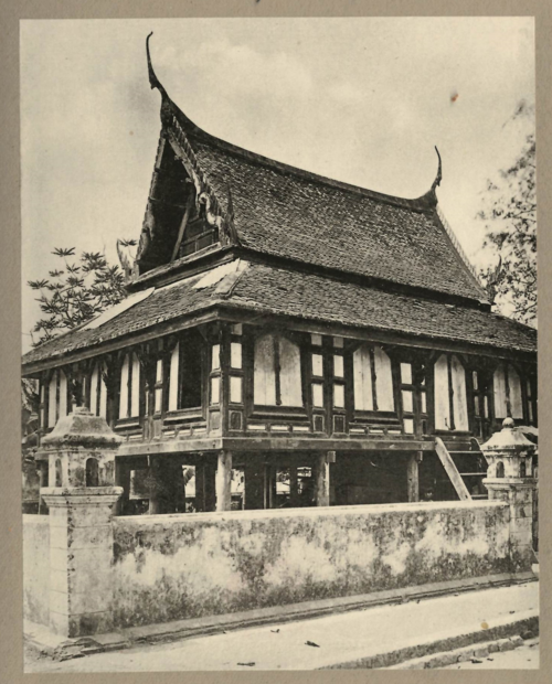 Photograph of a library (ho trai) at Wat Rakhang in Bangkok Noi. From Buddhistische Tempelanlagen in Siam, first volume of plates, plate 77. British Library, 7818.pp.8