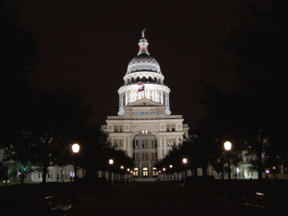 800px-Texas_Capitol_night