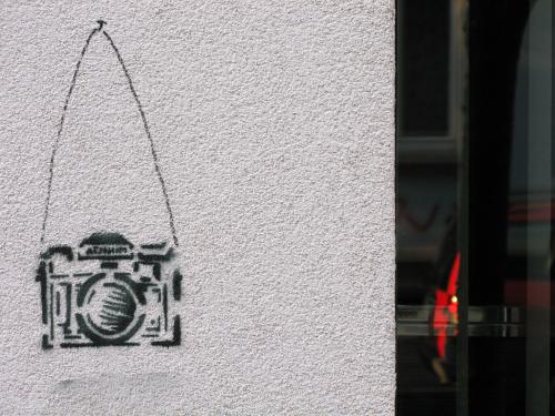 Camera-Stencil-Graffiti