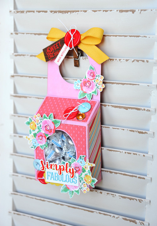 "Create a sweet Valentine treat door hanger like this one by Jana Eubank with the ""Happiness is Homemade"" collection from #EchoParkPaper"