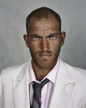 Daniel Richards, Milnerton, 2013, Copia cromogénica, 103 x 82 cm © Pieter Hugo, courtesy Stevenson Gallery, Cape Town/Johannesburg and Yossi Milo, New York