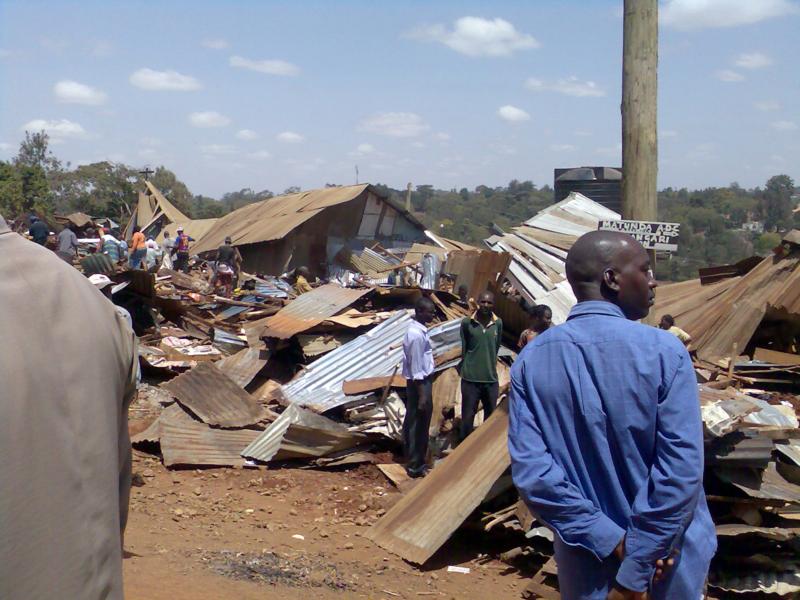 Forced_slum_eviction_-_destruction_(4112045298)