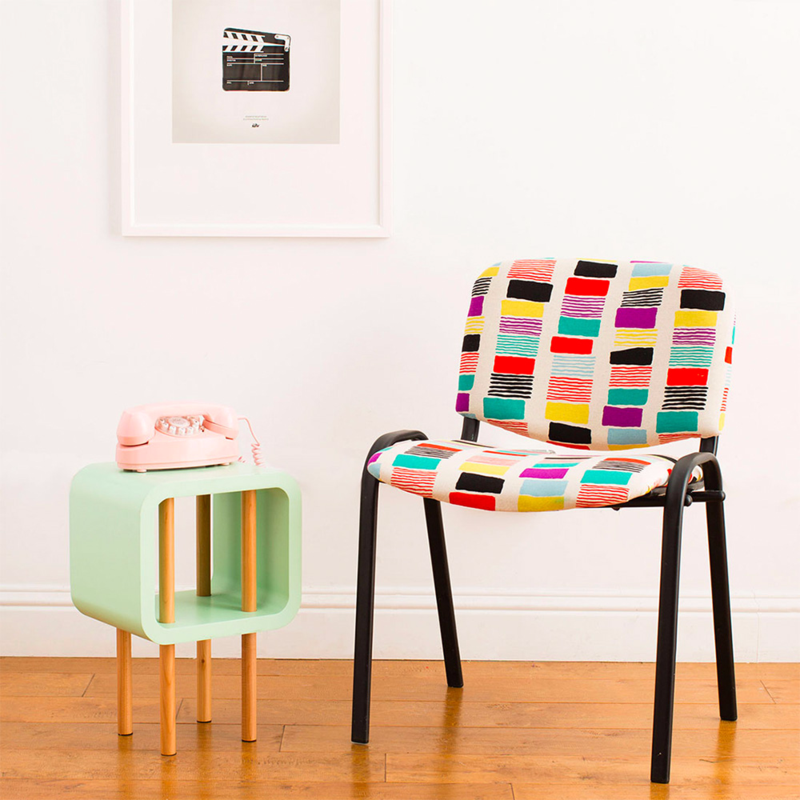 A thrift shop chair gets a whole new look with an easy upcycling project!
